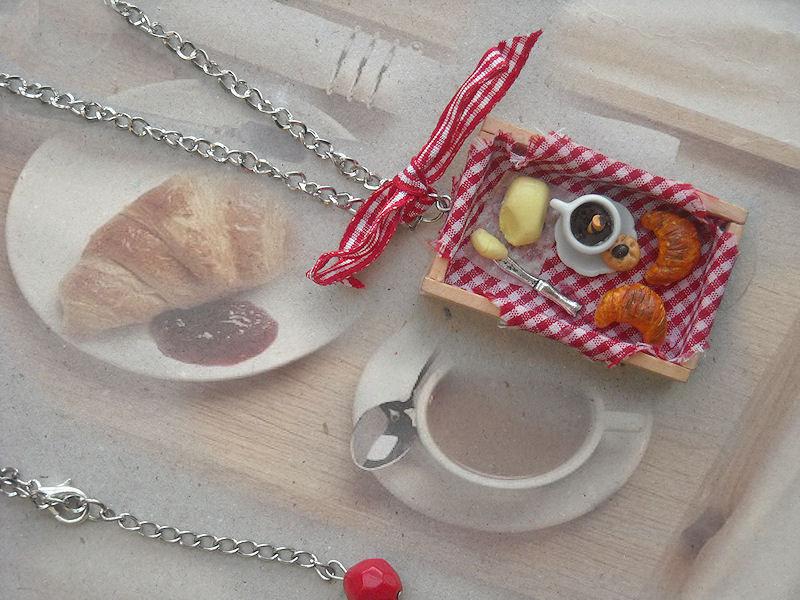 collana breakfast time in fimo e legno cornetti tazza caffè porcellana