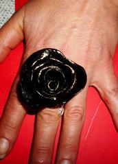 Anello rosone nero