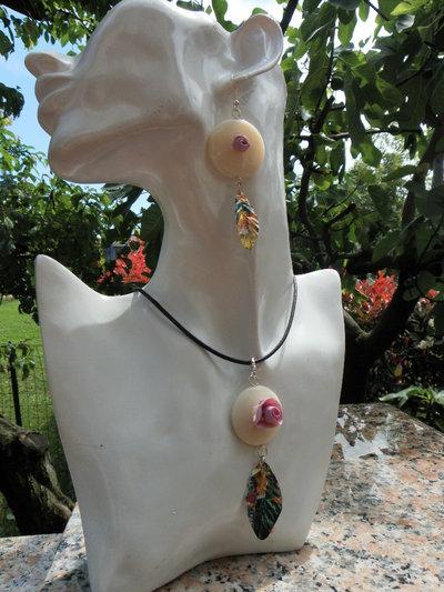 PARURE collana + orecchini con roselline e foglie