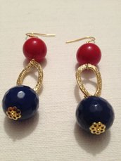 orecchini con pietre dure agata rossa e agata blu
