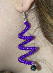 Orecchini a spirale viola