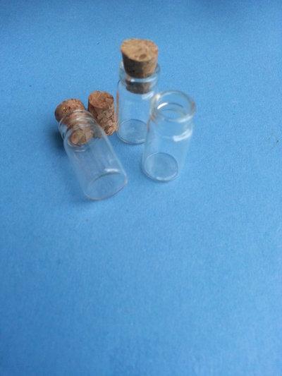 Bottigliette in vetro per creazioni