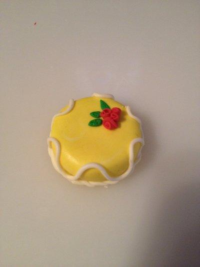 """Torta in fimo """"limone e fiori"""""""