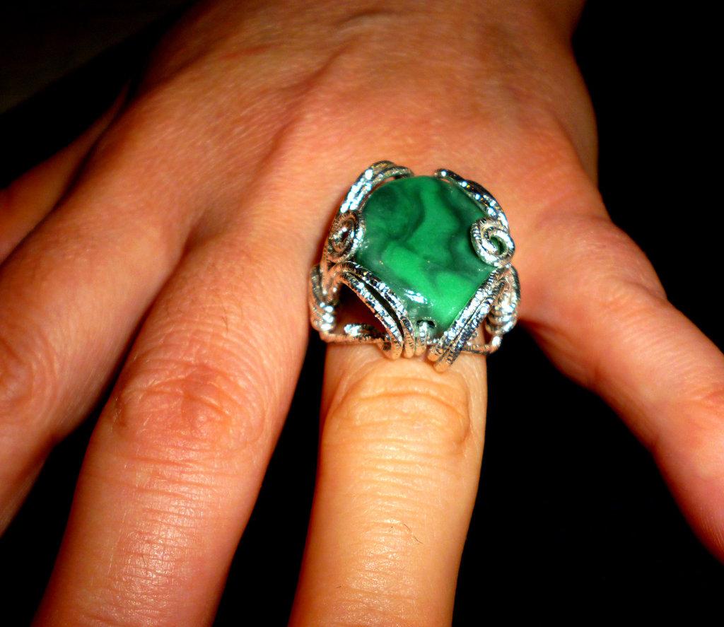 Anello reale verde wire
