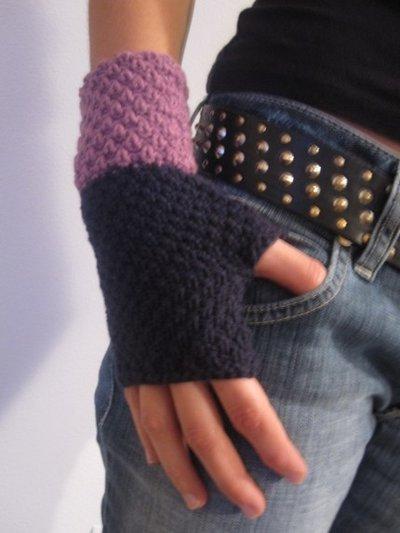 violet fingerless GLOVES - knitted handknitted crochetviolet fingerless GLOVES - knitted handknitted crochet