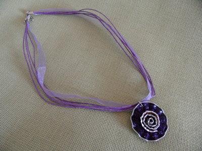 Collana fiore viola
