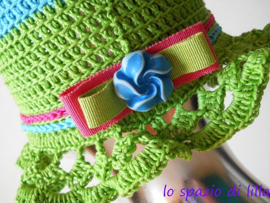 """Cappellino cotone crochet multicolor """"CandY"""" con fiocchetto"""