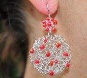 orecchini a uncinetto con perline