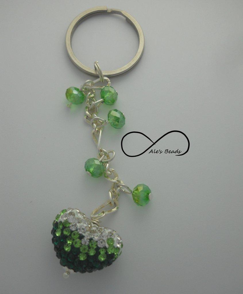 portachiavi strass verde e bianco a cuore
