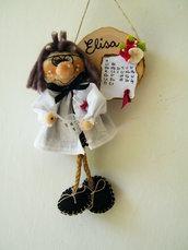Elisa la dottoressa di chimica. Gnomi personalizzati da appendere.