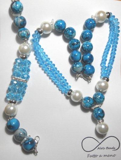 collana e bracciale con perle e strass turchese