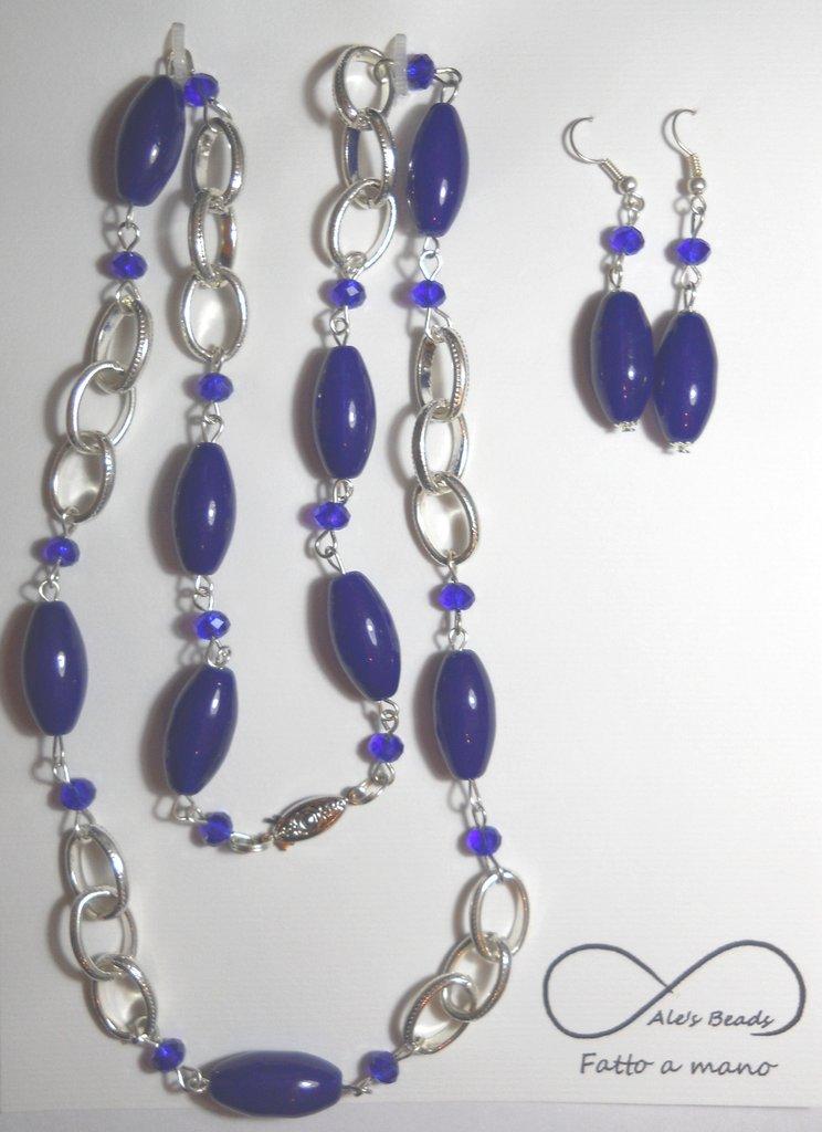 collana e orecchini blu