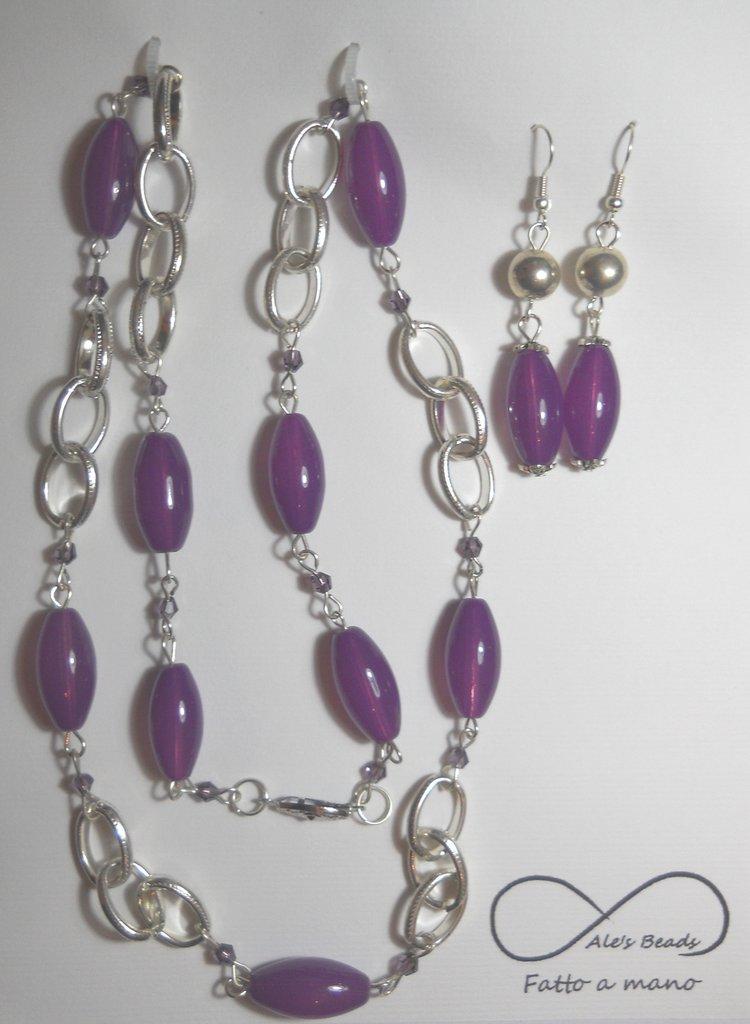 collana e orecchini viola
