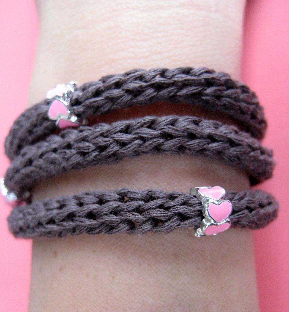 Collana / bracciale cotone color cioccolato con charms