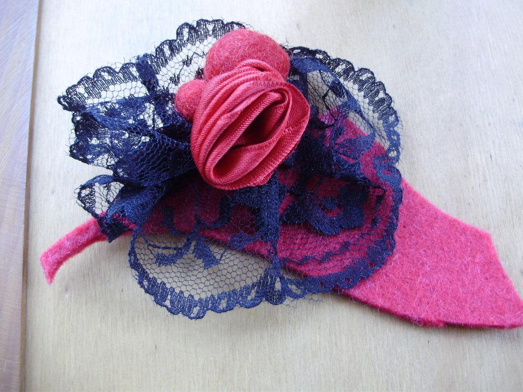 SPILLA ROSA ROSSA IN RASO, spediz.Gratis! Idea regalo San Valentino!