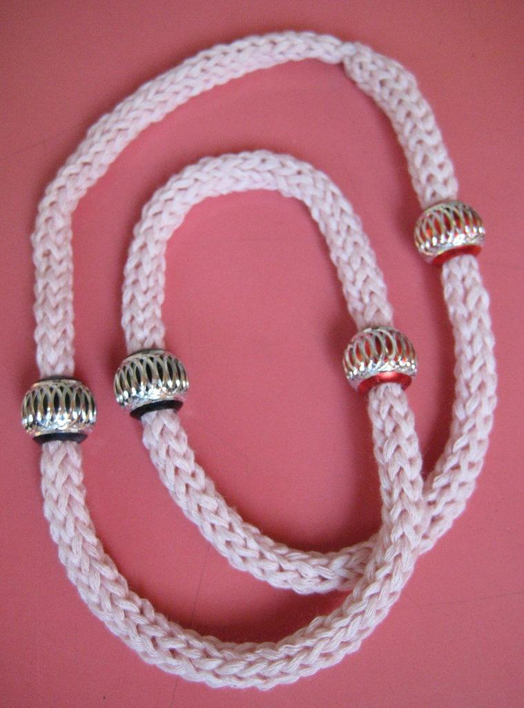 Collana / bracciale rosa tricotin