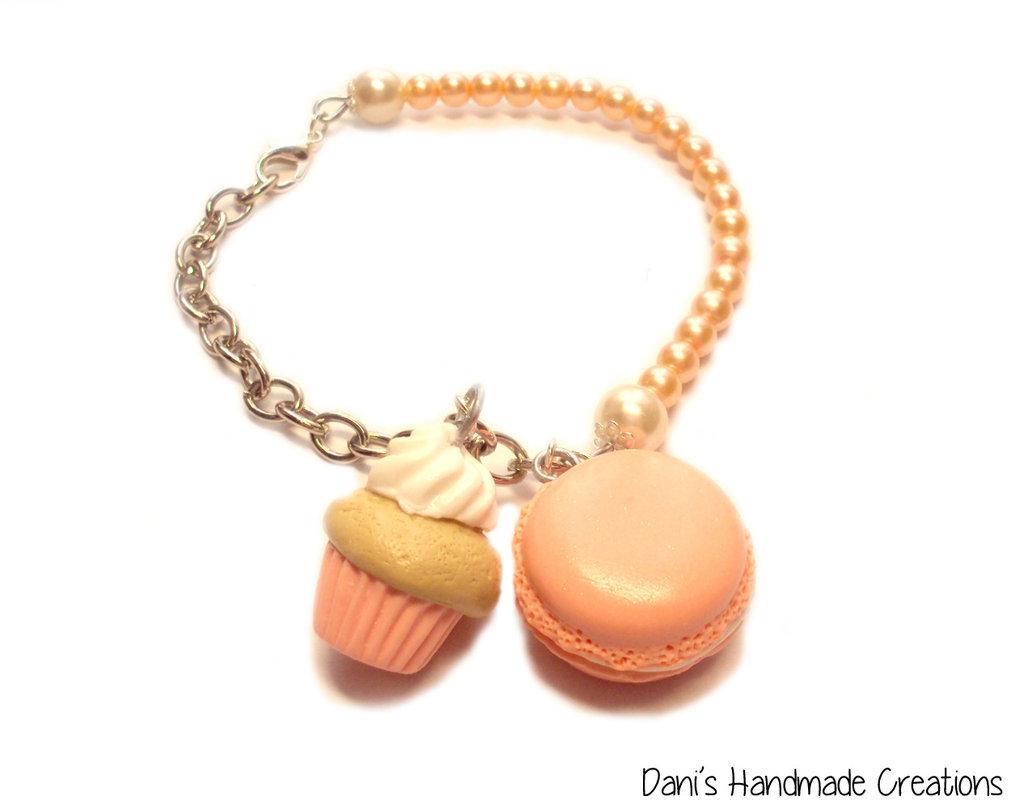 Bracciale macaron, cupcake e perle