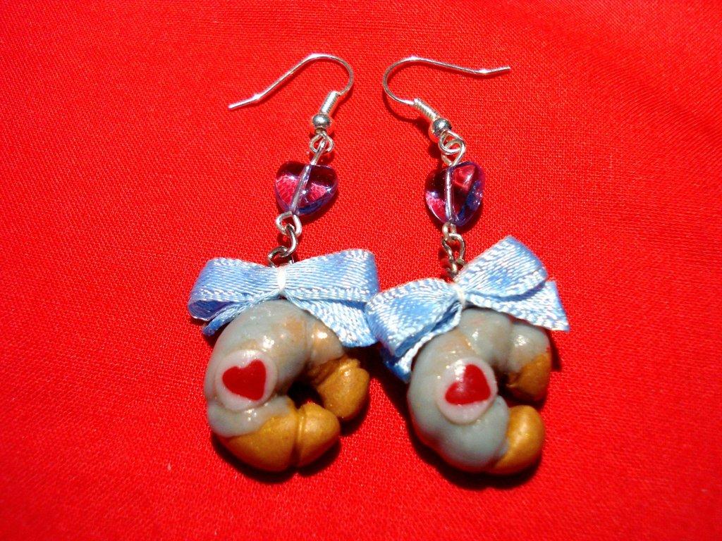 Croissant Love Earrings