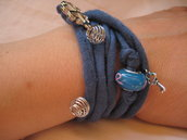 Collana / Bracciale in fettuccia blu avio con charms