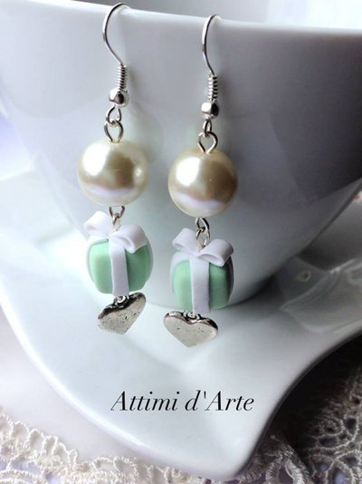 orecchini pendenti perla pacchettino di tiffany e cuoricino handmande