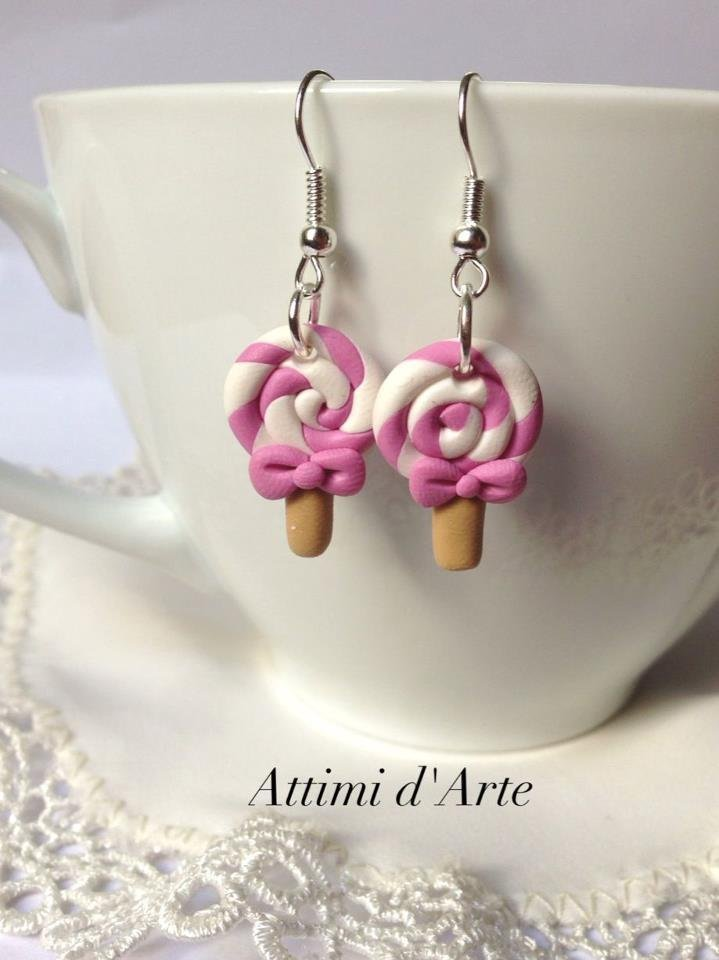 orecchini lollipop rosa e bianchi con fiocchetto handmade