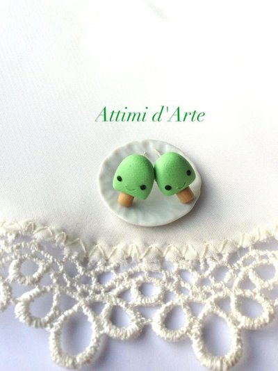 orecchini a lobo ghiacciolino kawaii verdi handmade
