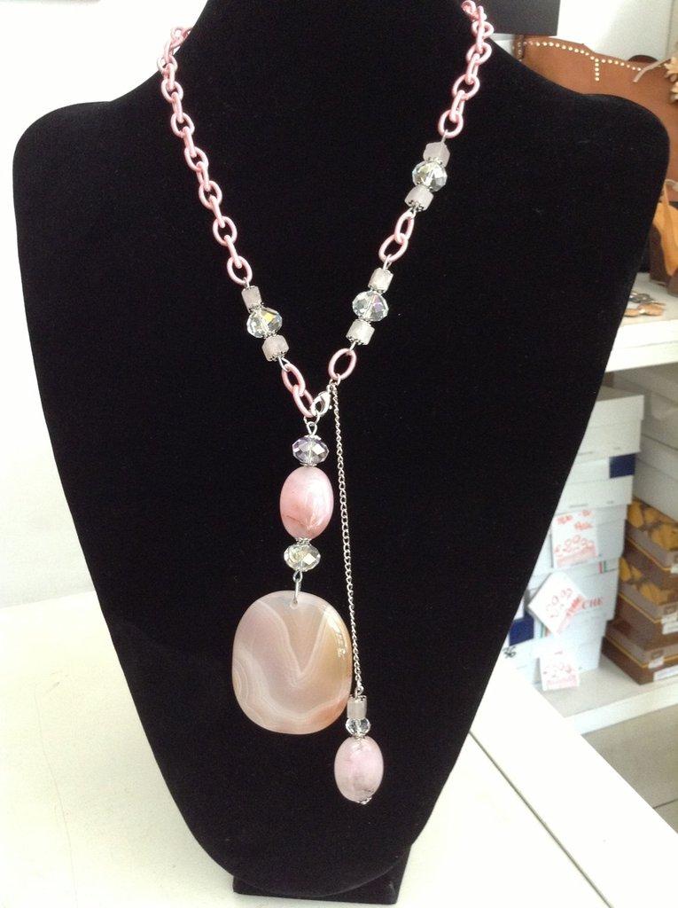 Collana con catena di cotone,cristalli e pietre dure