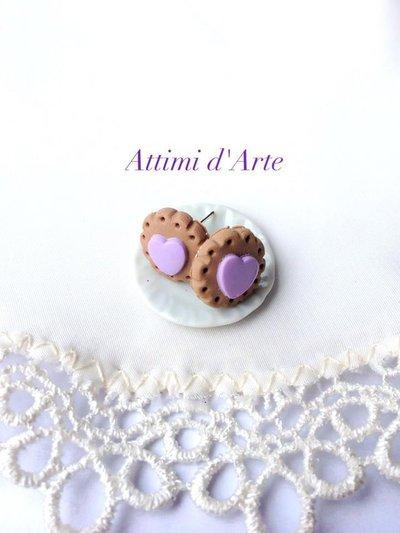 orecchini a lobo biscottino e cuore viola handmade