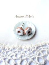 orecchini lobo mini ciambelline con glassa bianca handmade