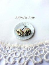 orecchini a lobo mini ciambelline con glassa limone e granella cioccolato handmade