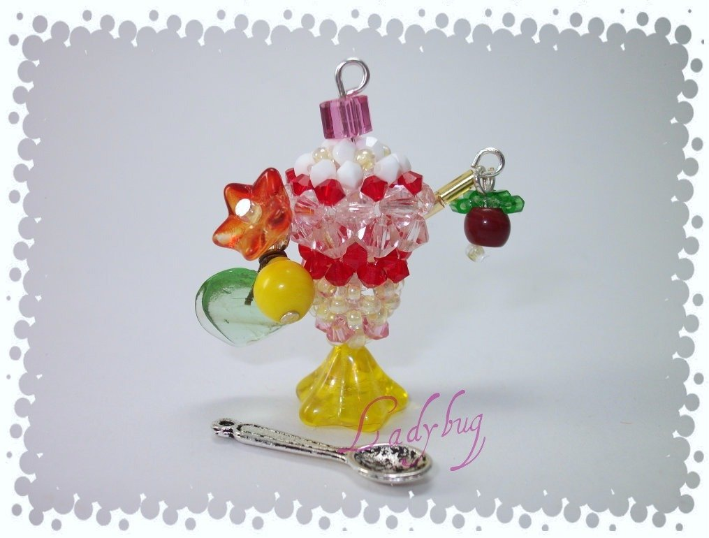 Phonestrap con coppa di gelato swarovsky