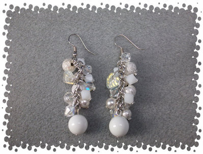 Orecchini bianco/argento perle stardust
