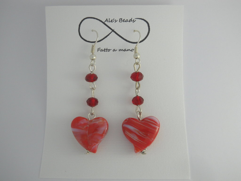 orecchini in vetro a cuore rosso