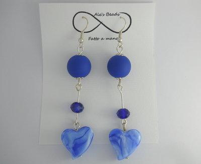 orecchini in vetro a cuore blu