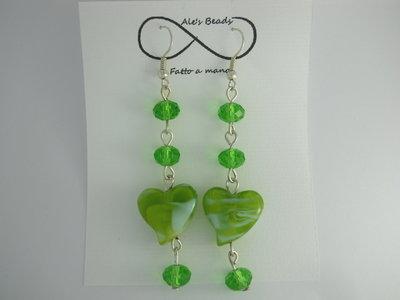 orecchini in vetro a cuore verde