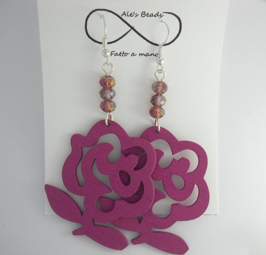 orecchini in legno a fiore viola
