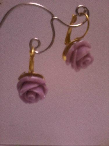 Bellissimi orecchini victorian style con rose color viola