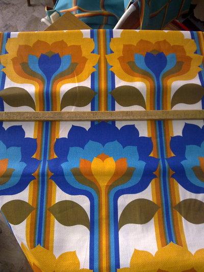 Taglio scampolo stoffa cotone fiori blu turchese giallo arancio arancione marrone vintage anni 70