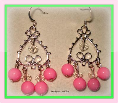 Orecchini chandelier rosa fluo