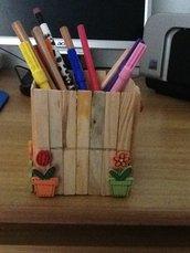 Portapenne/portacolori in legno