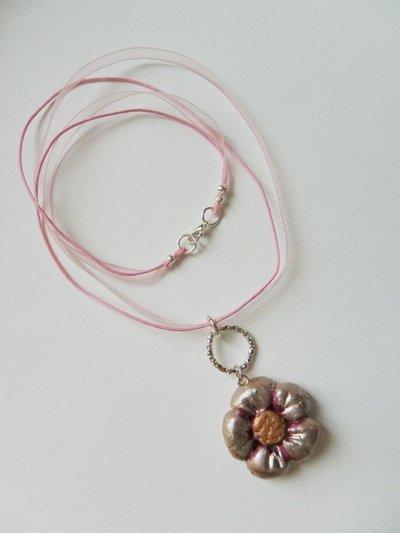 girocollo fiore rosa