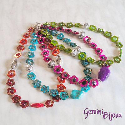 Collane estive colorate con fiori di madreperla gioielli collan su misshobby - Collane di design ...