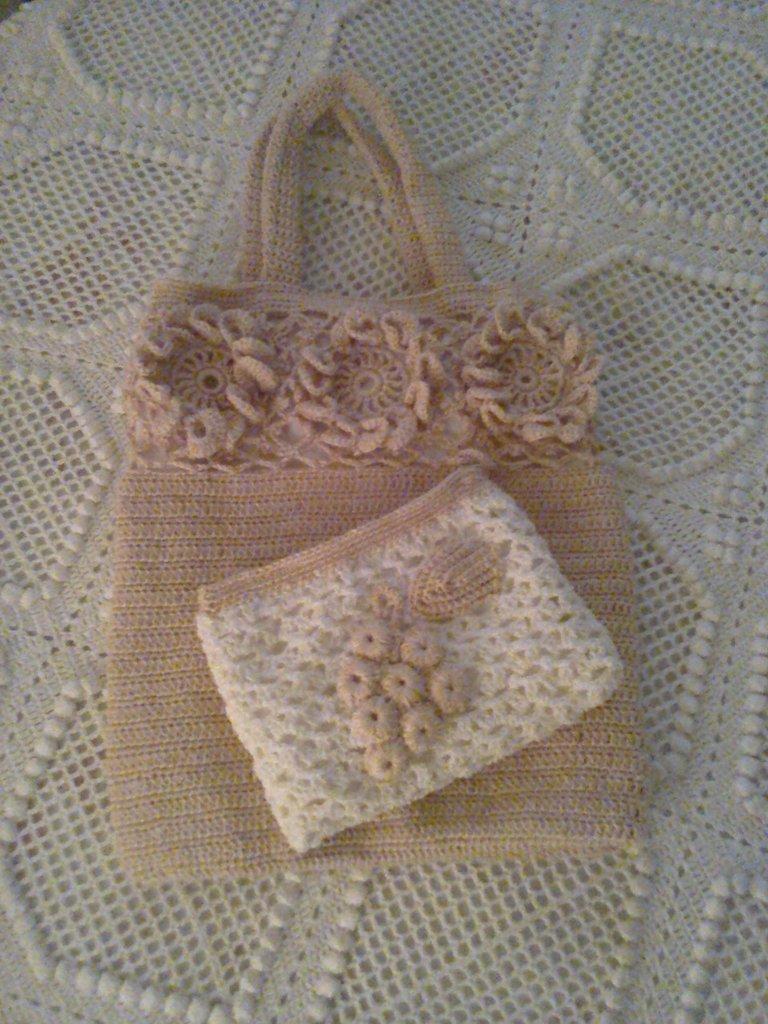 borsetta e pochette ad uncinetto