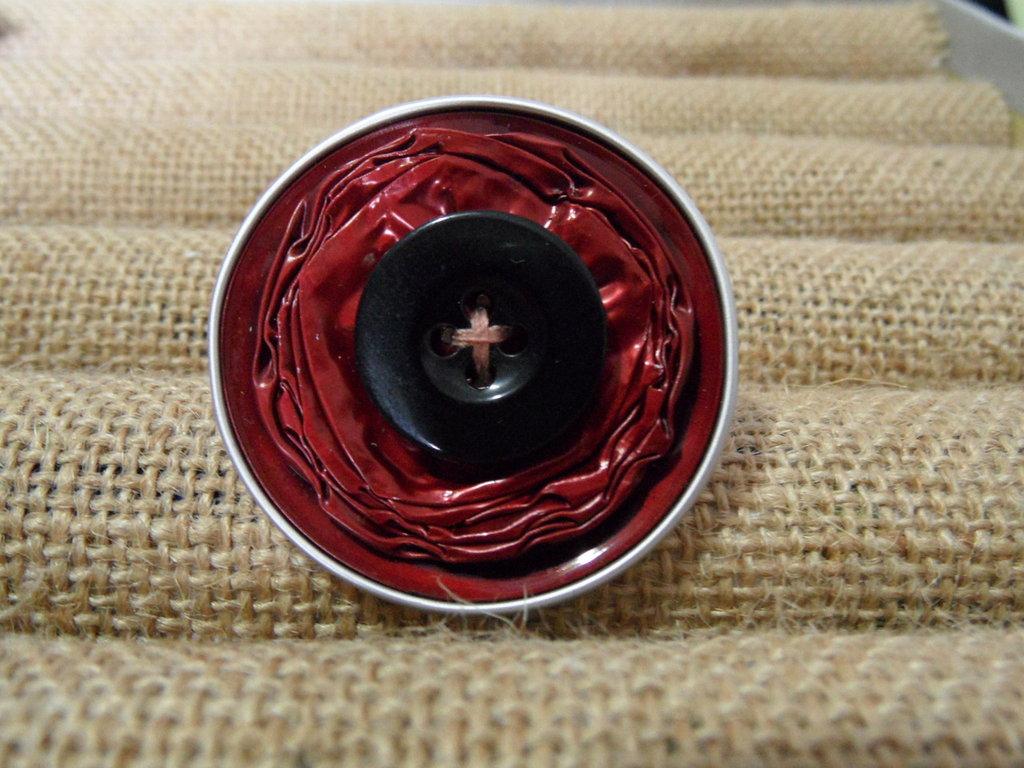 Anello bottone bordeaux e nero