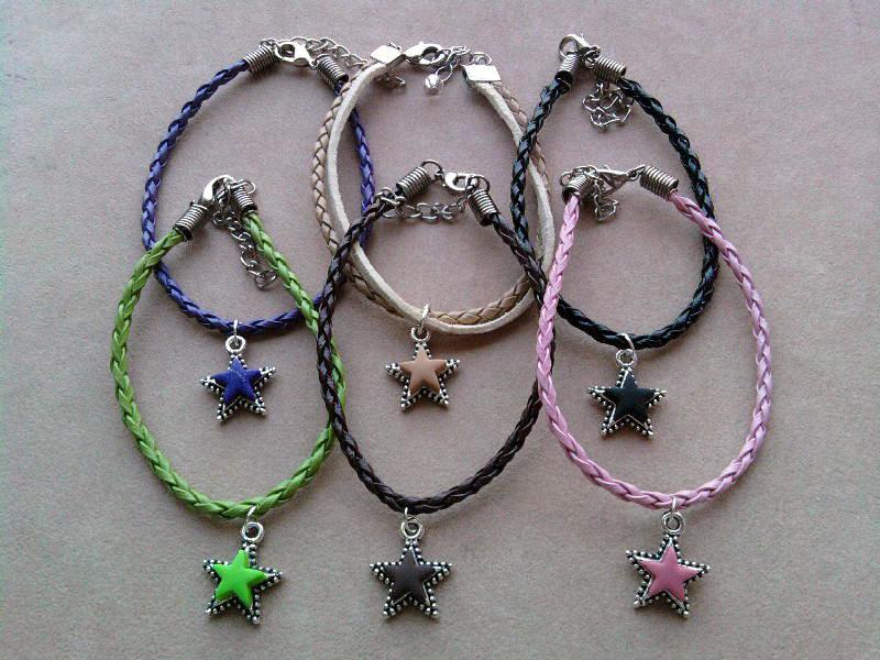 Braccialetti con stelle colorate fimo