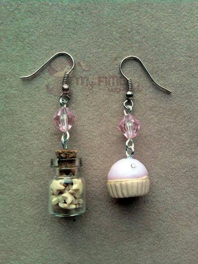 Orecchini pendenti con bottiglietta e cupcake fimo