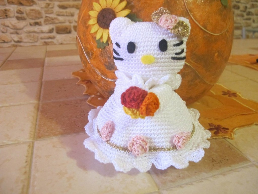 Hello Kitty sposa