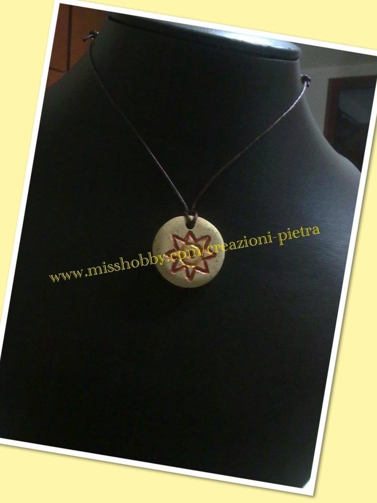 Ciondolo collana in pietra trachite