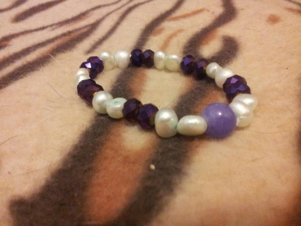 Braccialetto in perle di fiume e pietre dure