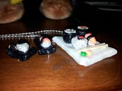 Collana e orecchini sushi